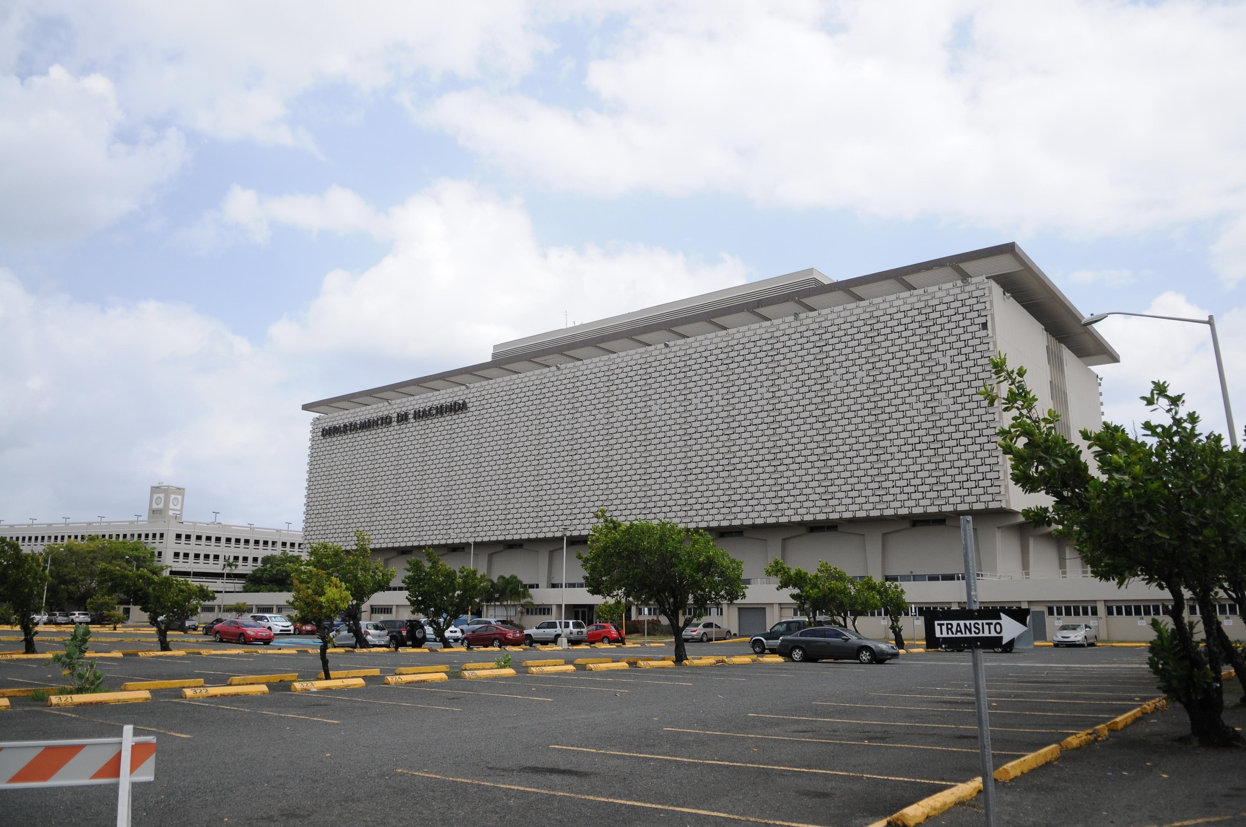 Hacienda env a 10 millones m s en reintegros radio isla 1320 am - Oficina de hacienda mas cercana ...